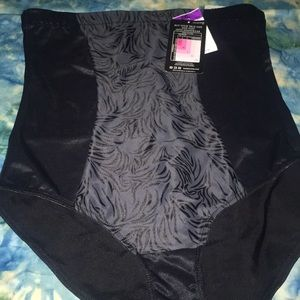 Black Maidenform Tummy Solution Shapewear 2xl NWT